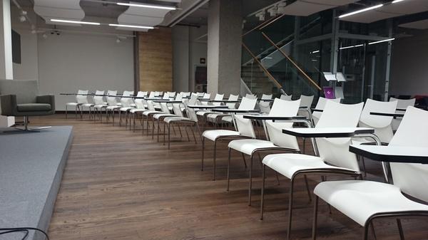 Clip Conferencia.: Alquiler de mobiliario de Stuhl Ibérica Alquiler de Mobiliario