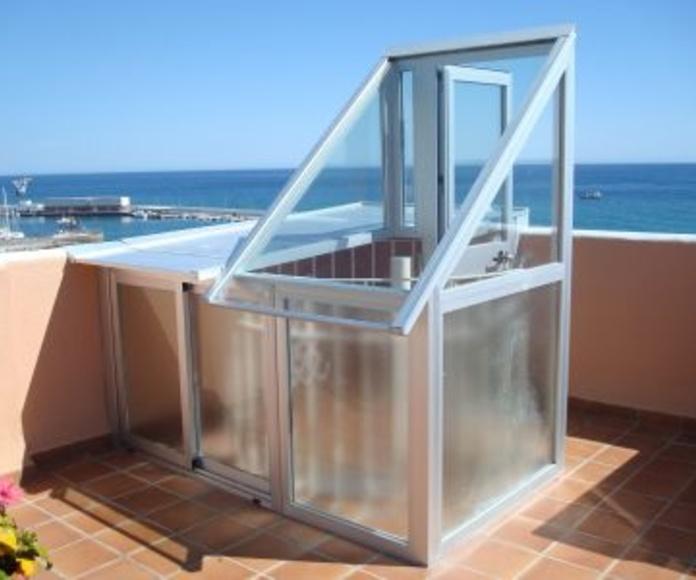 Salida de escalera: Catálogo de Aluminios Aludecor Marbella