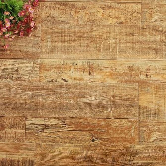 ¿En qué sentido debemos instalar las tarimas de madera?
