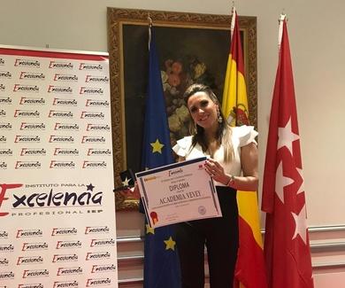 Academia Vevey recibe la Estrella de Oro del Instituto para la Excelencia Profesional