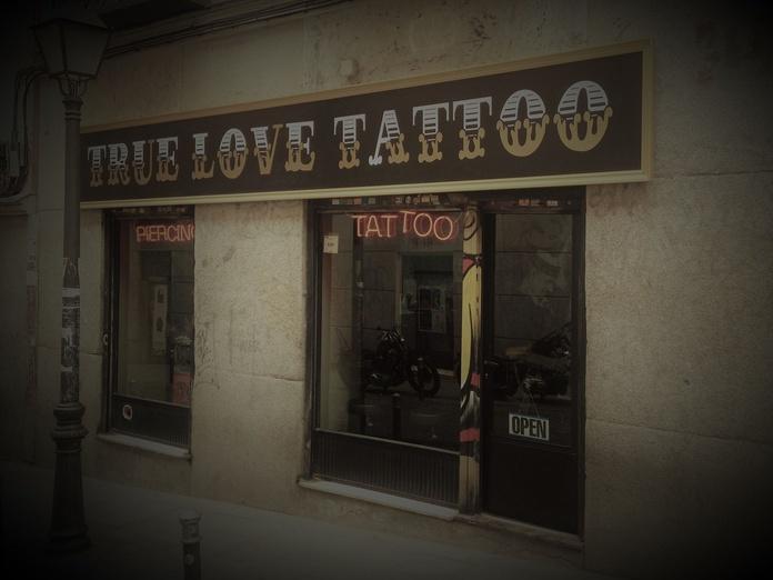 Otros servicios: Productos y servicios de True Love Tattoo