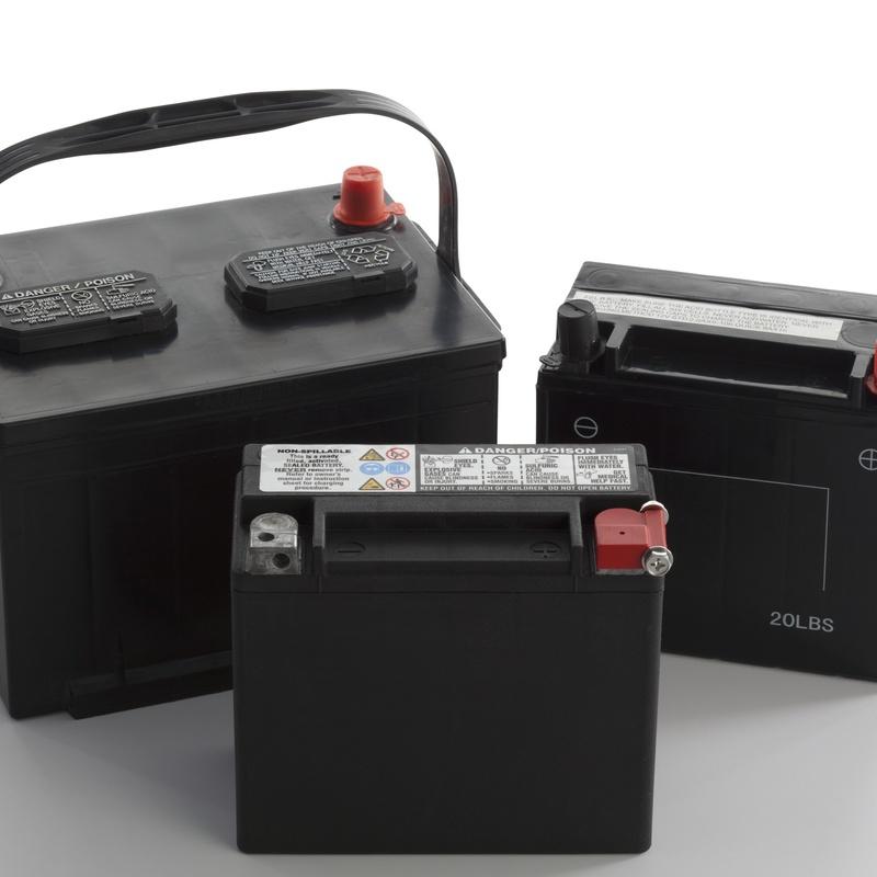 Baterías: Servicios de Automoción M. García