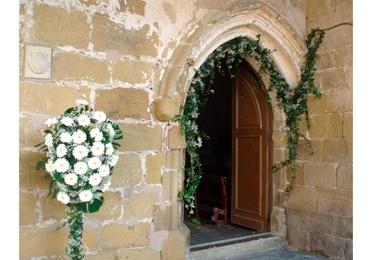 Decoración floral de bodas, iglesias y salones