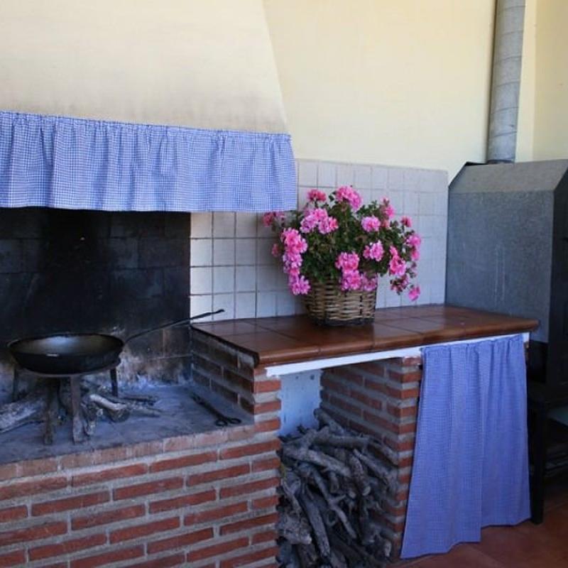 Equipamiento del exterior de la casa: Catálogo de Casa Rural El Gorros