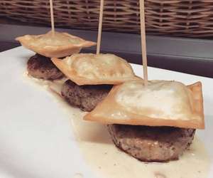 Avui per dinar mini hamburgueses de mostassa i parmesà
