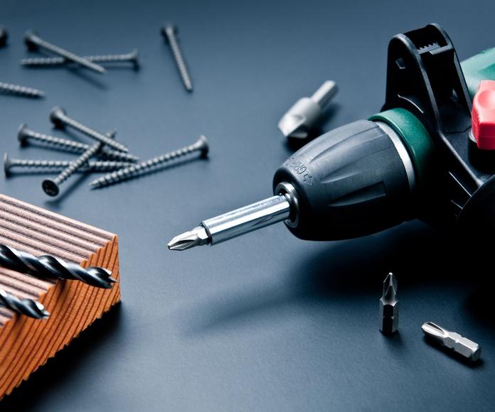 Venta y alquiler de maquinaria: Servicios de Ferretería Espada