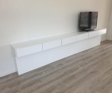 Mueble de salón con sistema push