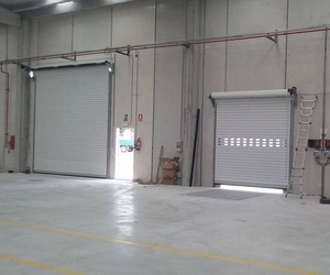 Fabricación y automatismos de puertas metálicas en Tarragona