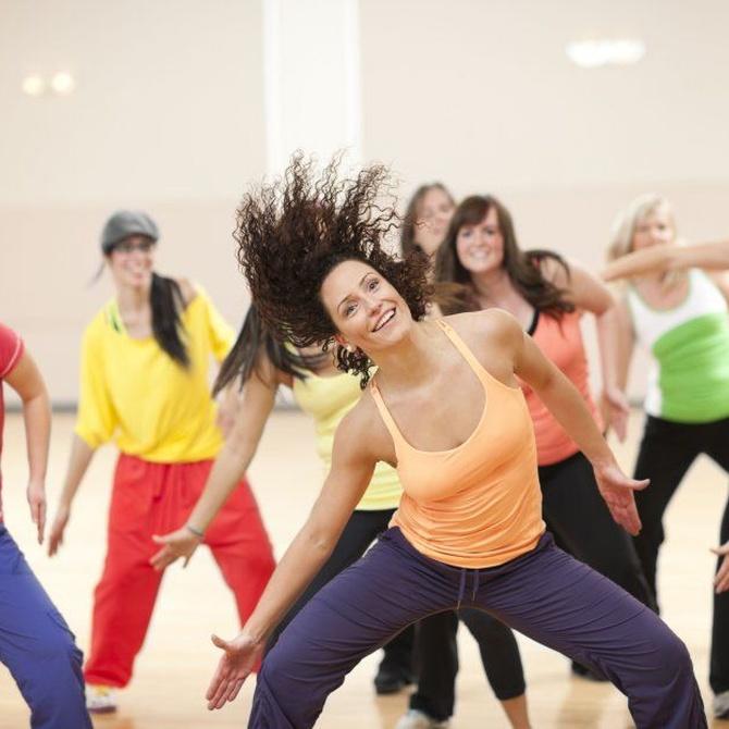 Baila y ponte en forma con el zumba