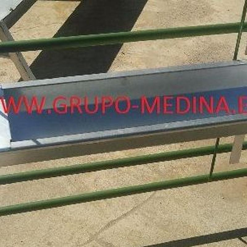 BEBEDERO PARA COLGAR EN TELERA: NUESTROS PRODUCTOS de Grupo Medina