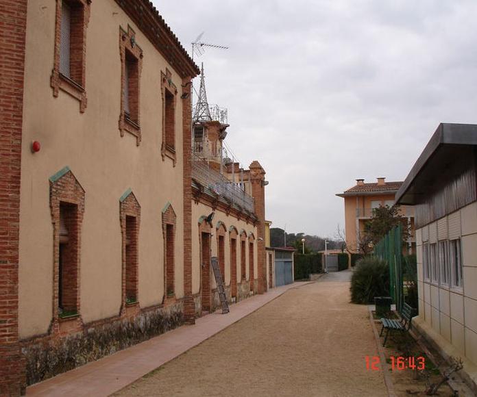 Complejo de edificios de la Congregación de les Germanes Carmelites de Caritat. Caldes de Malavella (Girona)