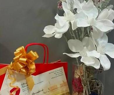 Regala belleza y bienestar con nuestras tarjetas regalo