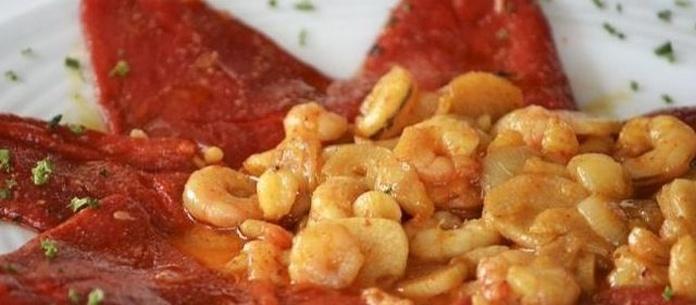 Ensaladas, chacinas y huevos: Carta y menús de El Vallina