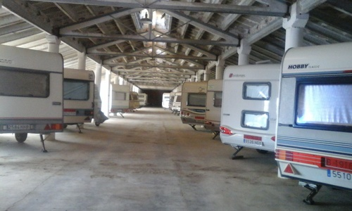 Parking para caravanas en El Vendrell | Parkpira