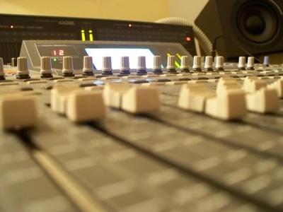 Todos los productos y servicios de Sonorización e iluminación: Flich Eventos