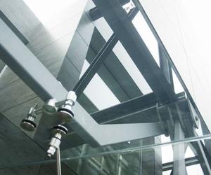 Cubierta de cristal de acceso a vivienda