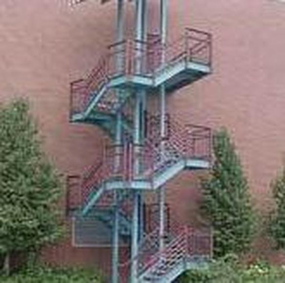 Escaleras: Servicios  de Cerrajería Hnos. Carrillo - Ferretería Hnos. Carrillo