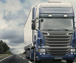 Taller de mantenimiento y reparación de vehículos de gran tonelaje
