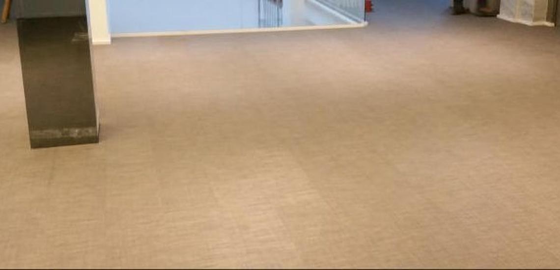 Servicio de limpieza de yates en Ibiza para cualquier tipo de suelo