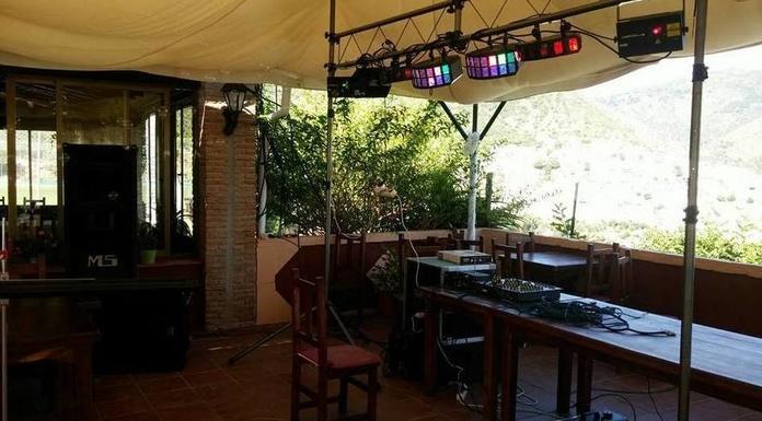 Equipos de iluminación: Servicios de JCL Alquiler de sonido