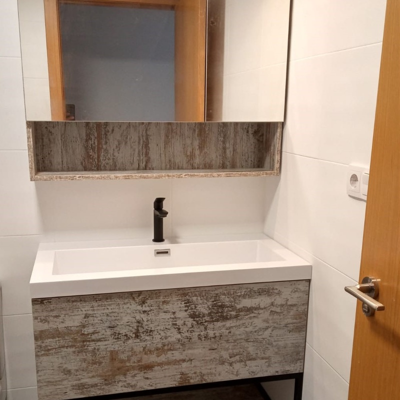 Mueble de baño estilo rústico