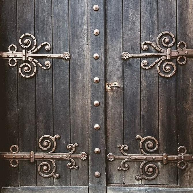 Refuerza la seguridad de tu entorno con las mejores puertas del mercado