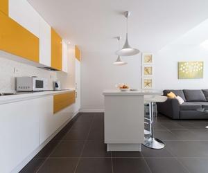Salón cocina con luz en Fuerteventura