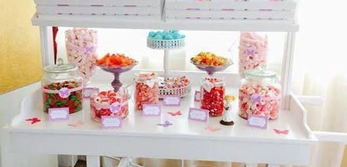Decoración de eventos en Ibiza: mesa de dulces para cumpleaños