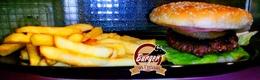 Hamburguesa especial con patatas por 5,25€