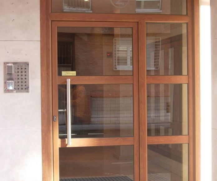Puerta de portal madera embero