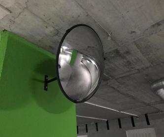 Mamparas de ducha para personas con movilidad reducida: Servicios de Cristalería Fernando