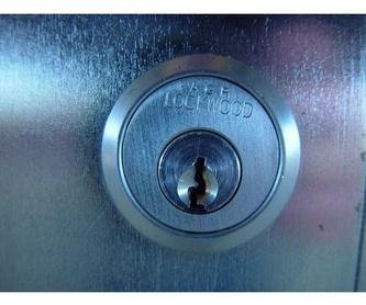 Escudos de seguridad: Servicios de Rufu Cerrajeros