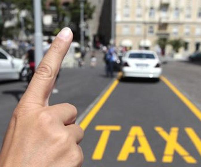 Especiales Boda: Nuestros servicios de Taxi Navia