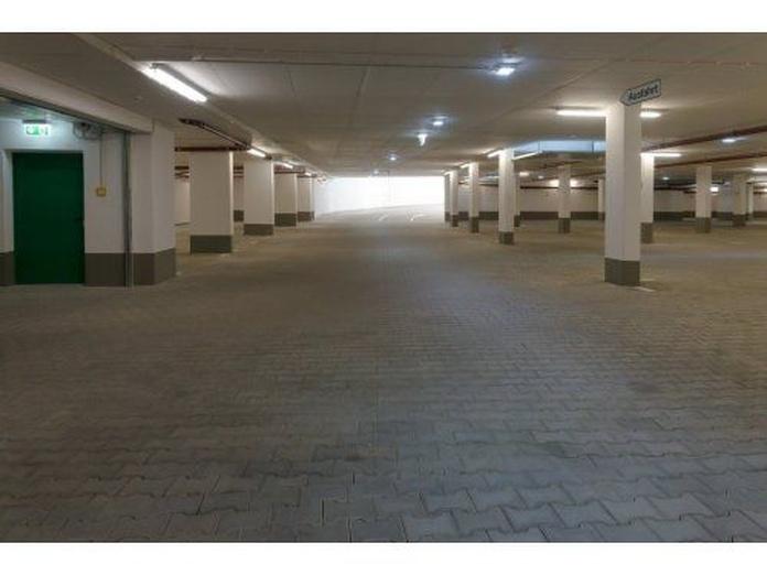 Pavimento industrial del automóvil: Servicios de Pavimentos y Pinturas JBA