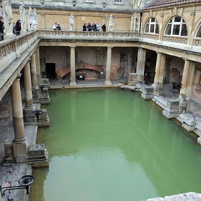 La historia de la piscina comienza en las termas romanas