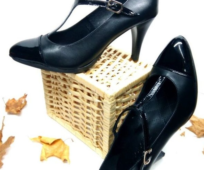 salon con tira: Catalogo de productos de Zapatos Luis Miguel