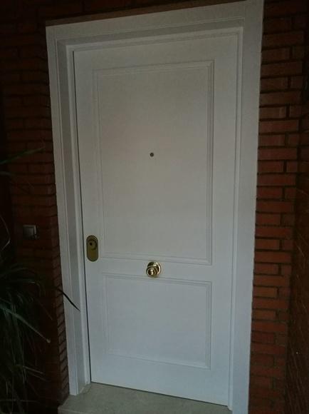Puerta blindada lacada: Servicios de Deco-Ramos