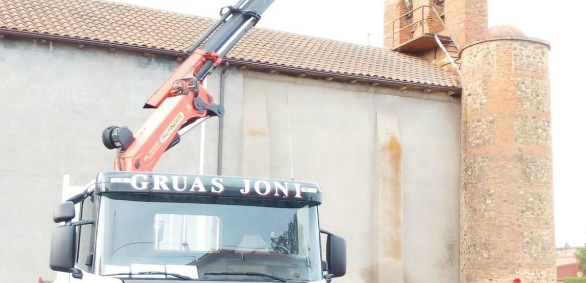 Alquiler de camiones grúa en León de confianza