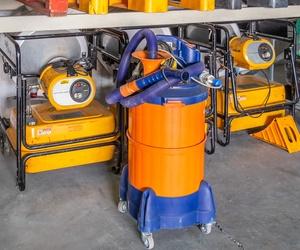 Nos dedicamos al alquiler de maquinaria y útiles para la construcción