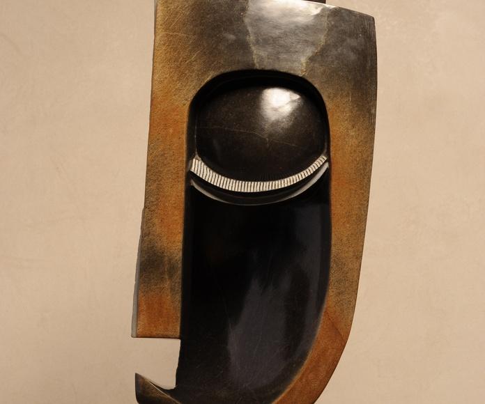 Totem(side), 115 x 55 cm, Amos Supuni