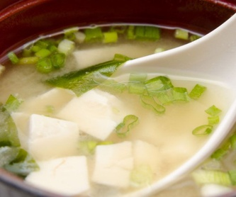 Sopas / Soups: Cocina japonesa de Kaede Restaurante Japonés
