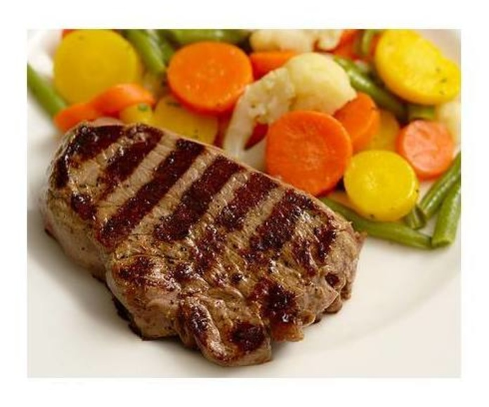 Carnes: Platos  de Restaurante Tiro  Pichón