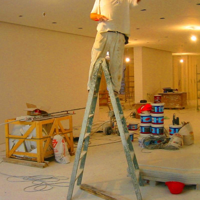 ¿Estás pensando en reformar tu local?: Nuestros servicios de Proyectos y Obras Diarsa