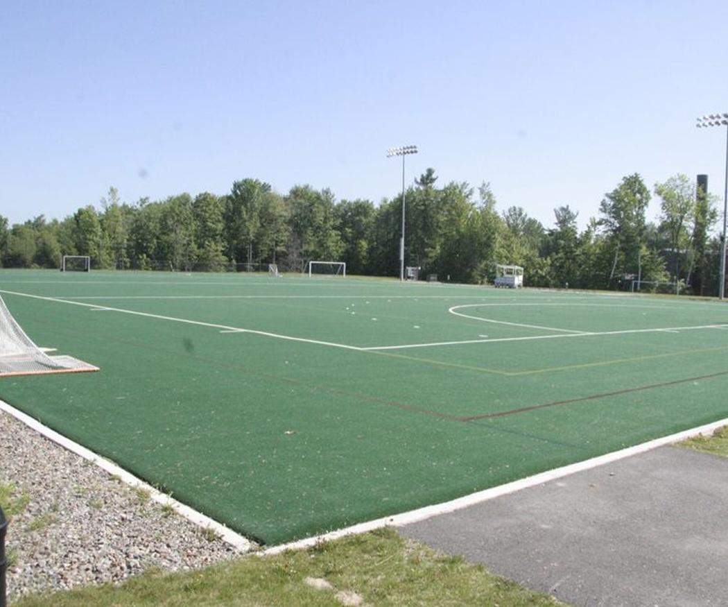 La tendencia a construir campos de fútbol con césped artificial