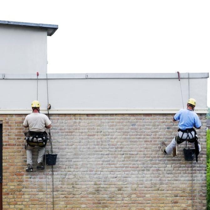 ¿Necesitas una empresa de limpieza de fachadas?