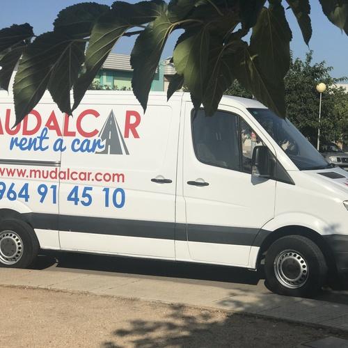Alquiler de coches y furgonetas en Castellón de la Plana | MUDALCAR     rent a car
