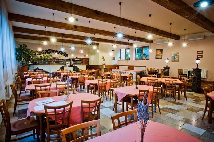 Restaurantes y bares