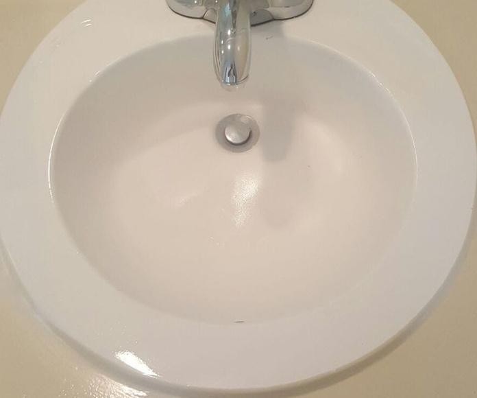 lavamanos y fregaderos: Servicios de DOCTOR BAÑERA RESTAURACIONES FIVE STARS