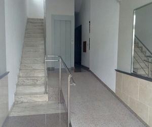 Instalación de ascensor y adaptación de portal