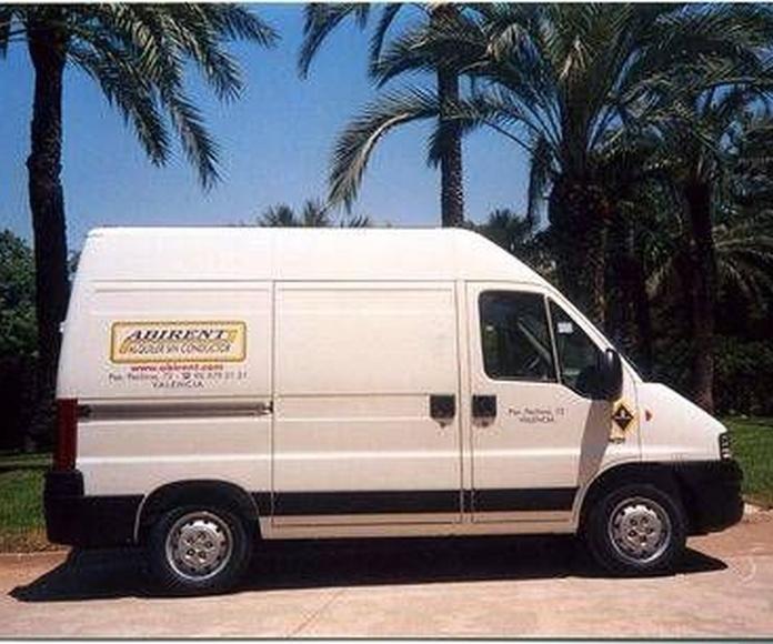 Peugeot Boxer 290 H.D.I. Sobre-Elev: OFERTAS de Abirent